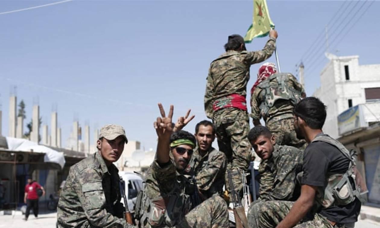Κούρδοι Συρίας: Η Μόσχα να σταματήσει να είναι «συνεργός» της Άγκυρας