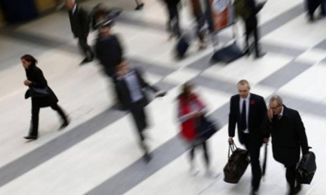 Και όμως! Οι Έλληνες δουλεύουν περισσότερες ώρες από οποιονδήποτε Ευρωπαίο