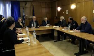 Δέσμευση Αποστόλου: Στα 15.000 ευρώ το ακατάσχετο στους λογαριασμούς των αγροτών