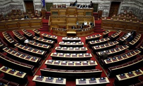 Υπόθεση Novartis: Φωτιές στο πολιτικό σκηνικό - Στη Βουλή η δικογραφία με τα πολιτικά πρόσωπα
