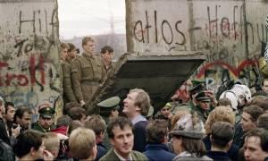 Γερμανία: 10.316 μέρες χωρίς το Τείχος του Βερολίνου όσες και οι μέρες της «ζωής» του (Pics)