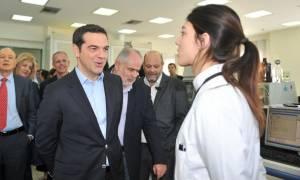 Τσίπρας από Πάτρα: «Δεν μπορείς να κατηγορήσεις συλλήβδην τις φαρμακοβιομηχανίες»