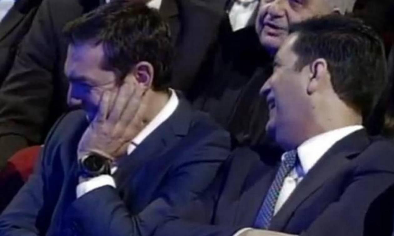 Η... απίθανη γκάφα που έκανε τον Τσίπρα να «σκάσει» στα γέλια - Δείτε το βίντεο!