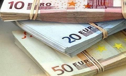 В Греции порог использования наличных при оформлении покупок снижен до 10 000 евро