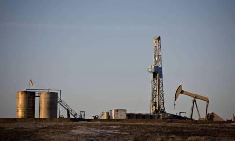 Πτώση της τιμής του πετρελαίου στις ασιατικές αγορές