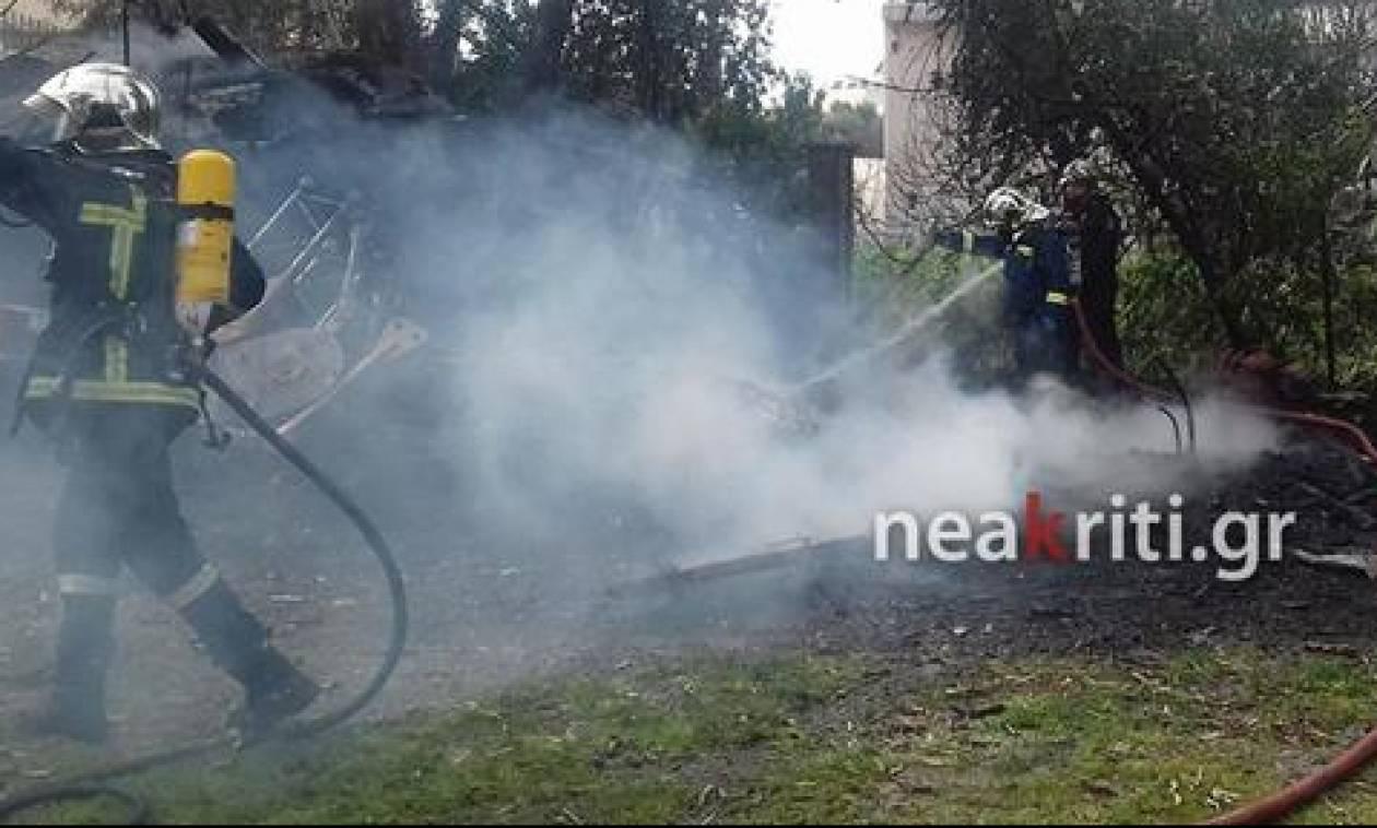 Επί ποδός η Πυροσβεστική: Πυρκαγιά δίπλα σε σχολείο με μαθητές στην Κρήτη