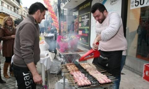 В Греции празднуют «дымный четверг»