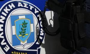 Μενίδι: Άρπαξαν υπηρεσιακό όπλο αστυνομικού