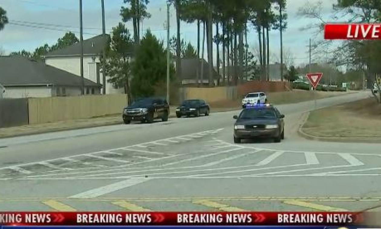 ΗΠΑ: Ένοπλος άνοιξε πυρ εναντίον αστυνομικών - Τουλάχιστον δύο νεκροί (vid)
