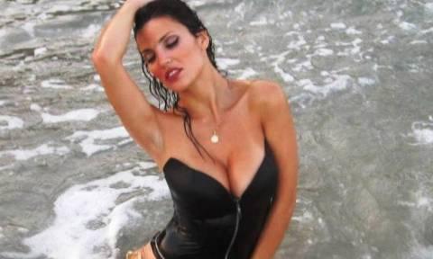 Η πιο «καυτή» τραγουδίστρια είναι Πατρινιά (photos)