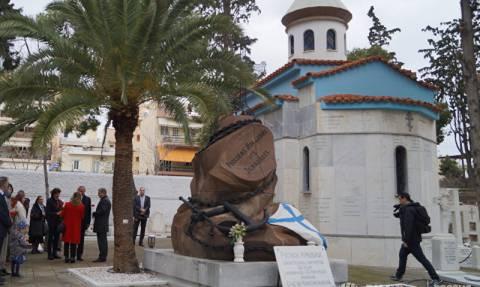 В Греции работники посольства РФ возложили цветы  к могилам русских дипломатов