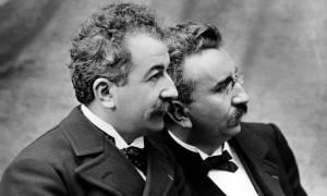 Σαν σήμερα το 1894 οι αδελφοί Λιμιέρ εφευρίσκουν τον κινηματογράφο