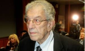 Πέθανε ο καθηγητής Βασίλης Φίλιας