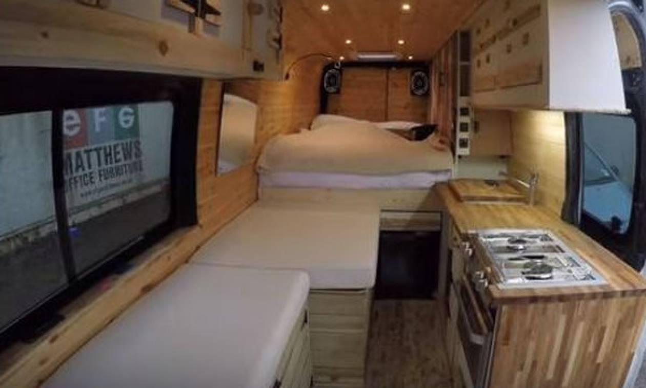 Βαν μετατρέπεται σε ένα σύγχρονο, μικροσκοπικό σπίτι - Δείτε βήμα-βήμα την ανακαίνισή του (video)