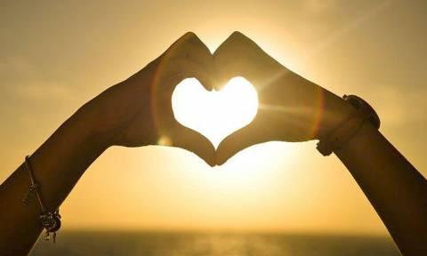 Άγιος Βαλεντίνος: Ποιο είναι το «προφίλ» της απιστίας ενόψει της μέρας των… ερωτευμένων