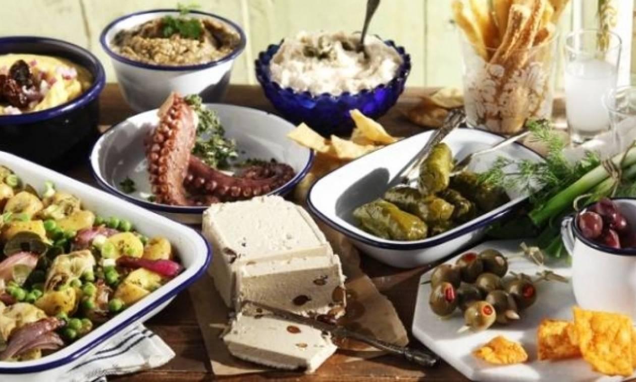 Καθαρά Δευτέρα: Πόσο θα κοστίσει φέτος το σαρακοστιανό τραπέζι