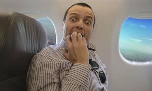 Τρόμος στον αέρα: Αυτός είναι ο χειρότερος εφιάλτης κάθε επιβάτη και μόλις συνέβη (Pics+Vids)