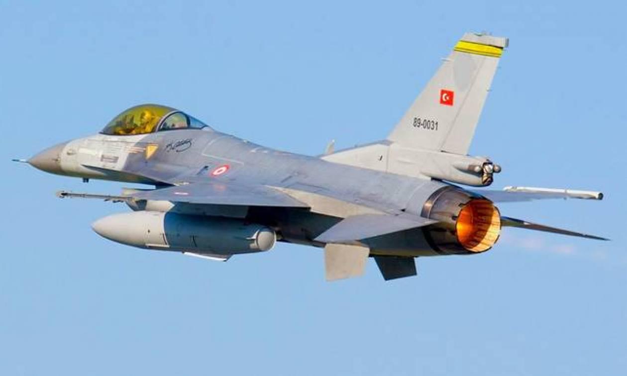Τουρκικές «μαγκιές» σε αέρα και θάλασσα: 29 παραβιάσεις στο Αιγαίο από οπλισμένα μαχητικά