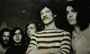 Θλίψη στον χώρο της μουσικής: Πέθανε κορυφαίος Έλληνας ντράμερ