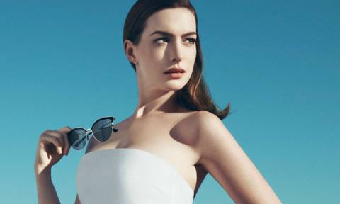 Μα πού είχε χαθεί; Δες την Anne Hathaway με την οικογένειά της μετά από καιρό