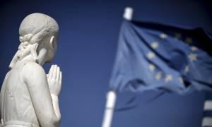 Handelsblatt: Ο Fitch περιμένει από το Eurogroup να ελαφρύνει φέτος το ελληνικό χρέος