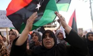 Λιβύη: Στους δρόμους χιλιάδες πολίτες - Τι συνέβη