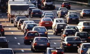 Ανασφάλιστα οχήματα: Πόσο κοστίζουν τα «ραβασάκια» της εφορίας