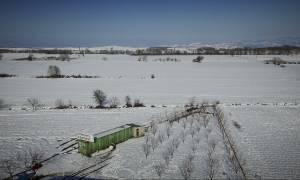 Εντυπωσιακό «ταξίδι» πάνω από τον χιονισμένο Δομοκό με ένα drone (pics)