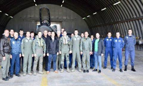 PM Tsipras visits 135 Combat Group 'readiness' aircraft crews on Skyros