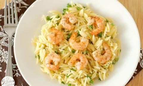 Εύκολη συνταγή: Νηστίσιμο κριθαρότο με γαρίδες
