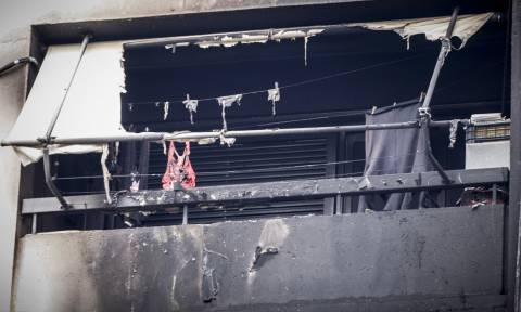 Σοκ στο Περιστέρι: Παλαίμαχος ποδοσφαιριστής κάηκε μέσα στο διαμέρισμά του (pics)