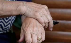 Στιγμές τρόμου για ηλικιωμένη στην Ημαθία: Αδέλφια την ακινητοποίησαν και τη λήστεψαν!