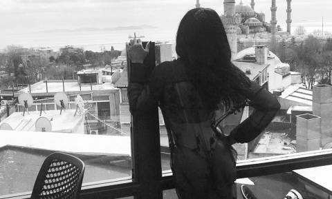 Η γαζέλα της ελληνικής δημοσιογραφίας αναστάτωσε την Κωνσταντινούπολη (pics)