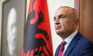 «Βόμβα»: Ο Αλβανός πρόεδρος αμφισβητεί τα ελληνοαλβανικά θαλάσσια σύνορα