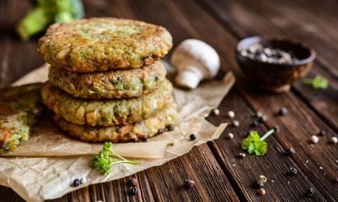 Συνταγή για νόστιμα, νηστίσιμα μπιφτέκια με μανιτάρια