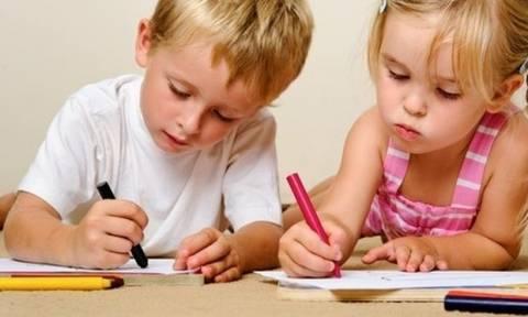 Αυτός είναι ο τρόπος για να μάθει το παιδί σας να ζωγραφίζει (εικόνες βήμα-βήμα)