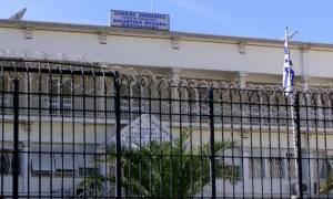 Ένταση στον Κορυδαλλό με ομάδα κρατουμένων