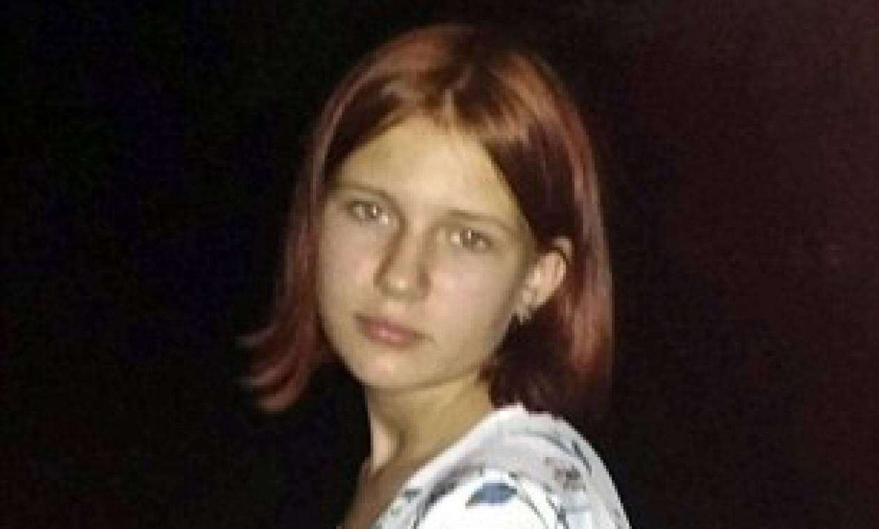 ΦΡΙΚΗ! 12χρονη κατασπαράχθηκε από σκυλιά επιστρέφοντας από το σχολείο (Pics)