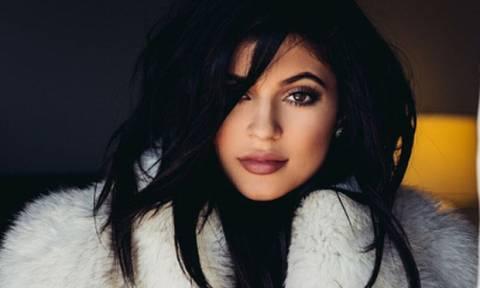 Αυτό είναι το σώμα της Kylie Jenner τρεις εβδομάδες μετά την γέννα