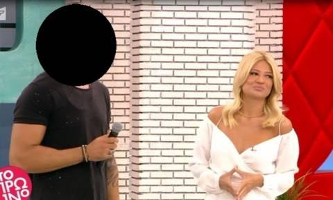 Ειδύλλιο-έκπληξη: Στενός συνεργάτης της Σκορδά είναι τρελά ερωτευμένος με την αδελφή του Μαζωνάκη!