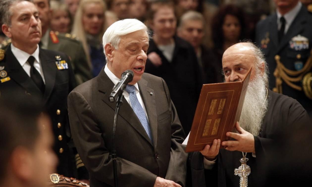 Με τον Μεγαλόσταυρο του Αποστόλου Παύλου τίμησε η Εκκλησία τον Προκόπη Παυλόπουλο (pics)