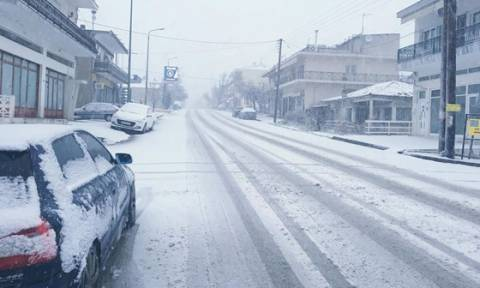 Towns in Thrace struggling with heavy snow coverage, low temperatures