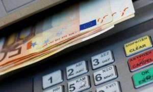 Capital controls: Άλλαξε το όριο ανάληψης - Πόσα χρήματα θα μπορείτε να βγάζετε κάθε μήνα