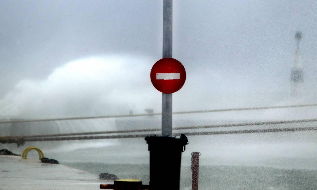 Καιρός: Χειμωνιάτικη η Κυριακή – Συννεφιά, βροχές και καταιγίδες