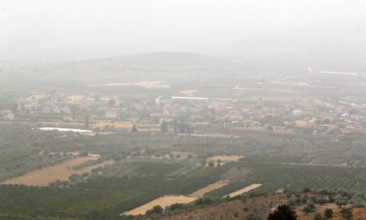 Καιρός τώρα: Με αφρικανική σκόνη και λασποβροχές η Τρίτη - Στους 21 βαθμούς η θερμοκρασία (pics)