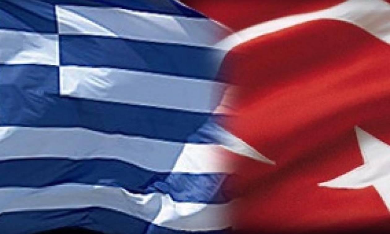 Греция просит ЕС и НАТО помочь освободить военных, арестованных на греко-турецкой границе