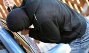 Είχαν ακριβά γούστα: Σύλληψη δύο ατόμων για κλοπές πολυτελών αυτοκινήτων και μοτοσυκλετών