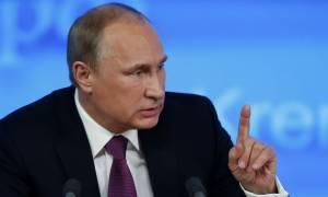 Στο κόκκινο η ένταση με Βρετανία: Κανείς δεν μπορεί να εκβιάζει την Ρωσία με τελεσίγραφα 24 ωρών