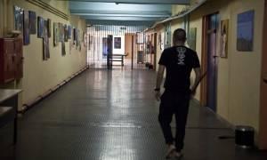 Χαμός στις φυλακές Κορυδαλλού: Αλβανοί κρατούμενοι μαστίγωσαν αστυνομικό