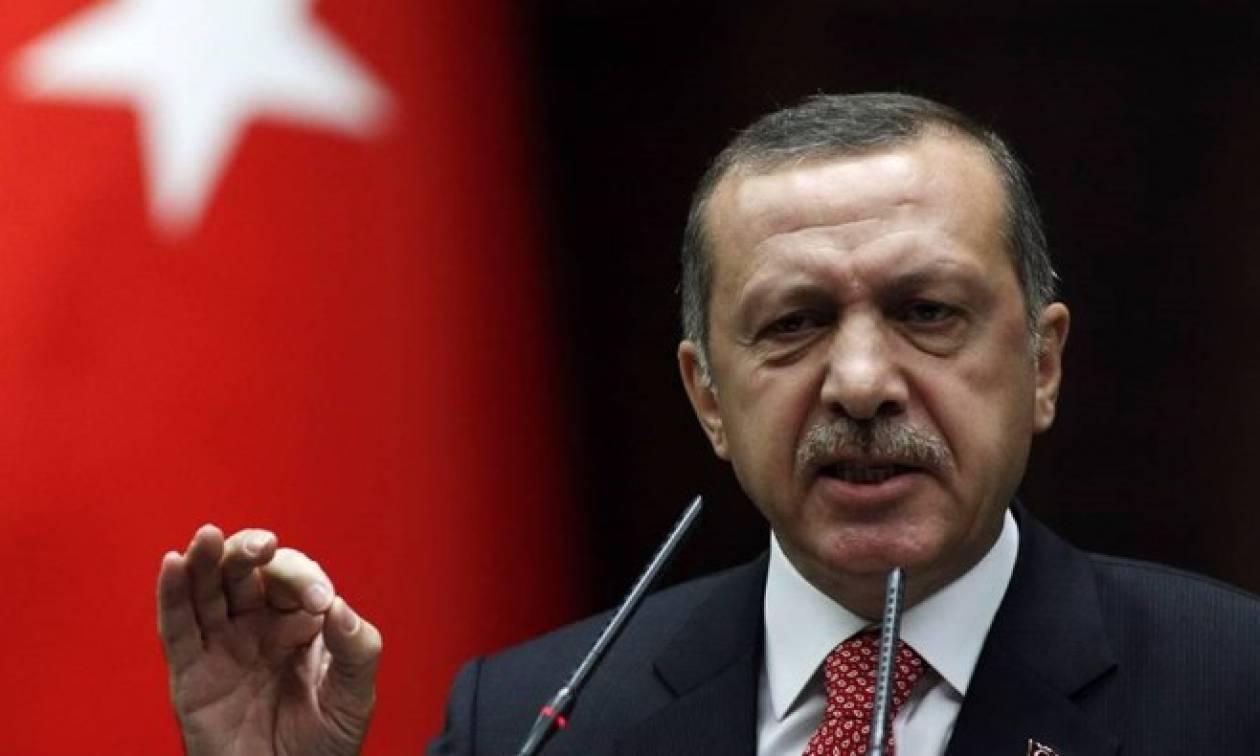 Συνεχίζει να προκαλεί ο Ερντογάν: Έχουμε κακούς γείτονες, γι' αυτό παράγουμε όπλα